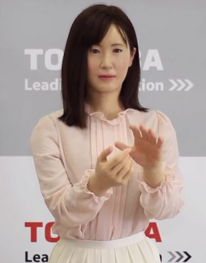 aiko-japanese-robot-that-can-communicate-with-deaf-12